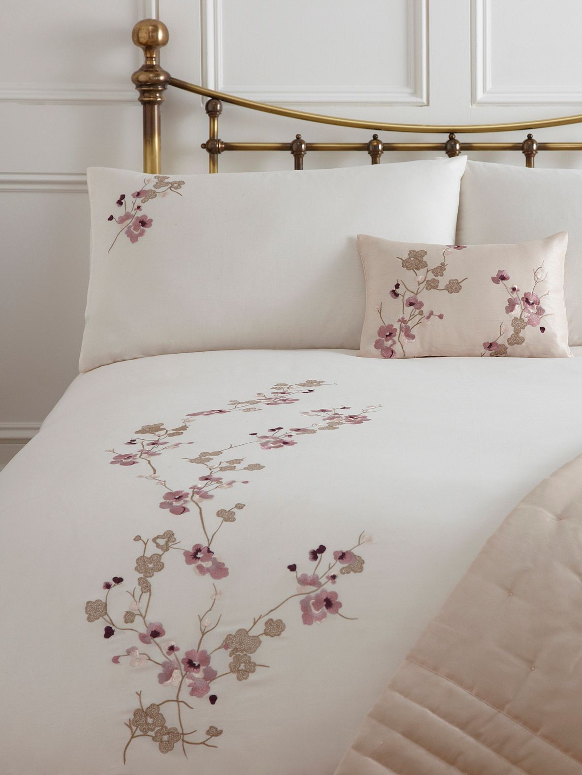 Linea Cherry Blossom Super King Duvet Cover